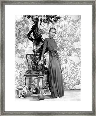 Joan Fontaine Framed Print by Everett