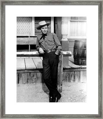 Johnny Concho, Frank Sinatra, 1956 Framed Print by Everett