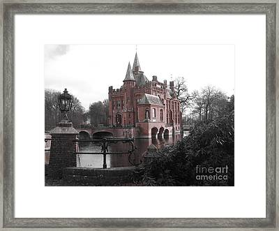 Kasteel Ten Berghe Framed Print
