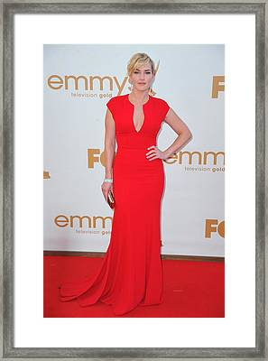 Kate Winslet Wearing An Elie Saab Dress Framed Print