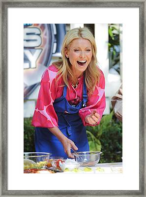 Kelly Ripa, Hosts The Live With Regis Framed Print