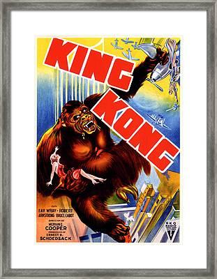 King Kong, King Kong Holding Fay Wray Framed Print by Everett