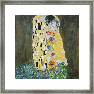 Kiss Copy Of Gustav Klimt Framed Print