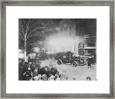 Knickerbocker Storm Damage, 1922 Framed Print by Science Source