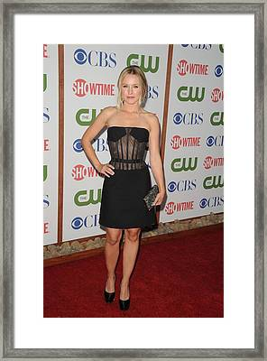 Kristen Bell Wearing A Versus Dress Framed Print by Everett