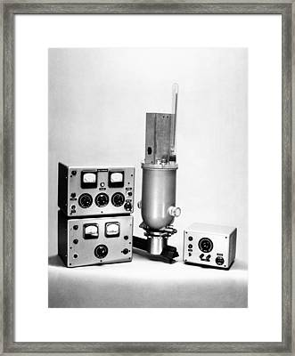 Krypton Lamp Cryostat, 1959 Framed Print by National Physical Laboratory (c) Crown Copyright