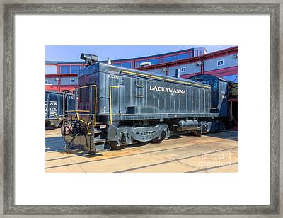 Lackawanna Locomotive 426 Framed Print by Clarence Holmes