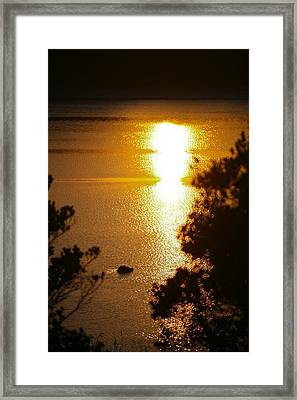 Lake Sunrise Framed Print by Miguel Capelo