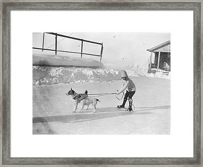 Lazy Skater Framed Print by Hulton Collection