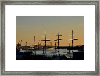 Framed Print featuring the photograph Light Before Sunset From The Brooklyn Bridge by Diane Lent