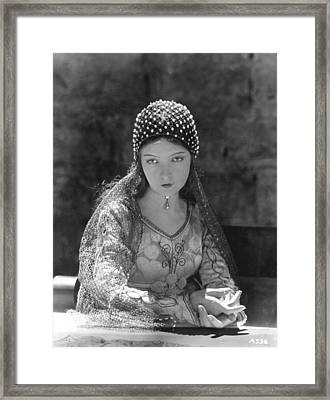 Lillian Gish In Romola, 1924 Framed Print by Everett