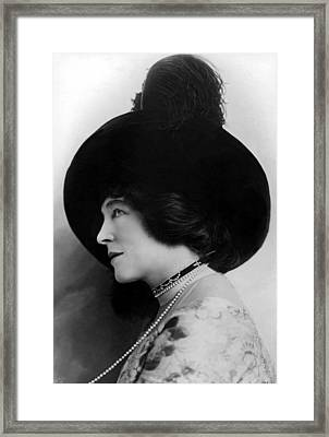 Lillie Langtry In A 1912 Portrait Framed Print by Everett