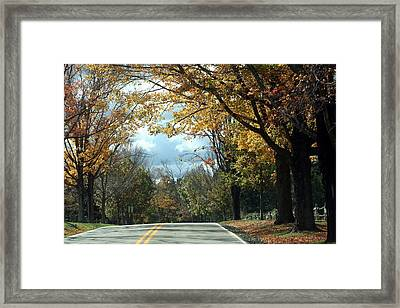 Linn Run 2 Pa Framed Print