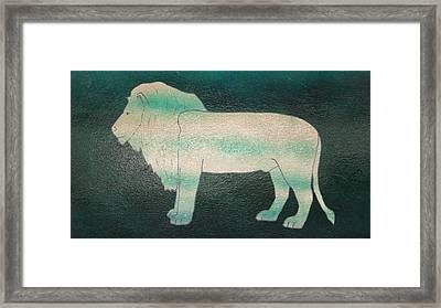 Lion On Vase Framed Print by Gregory Smith