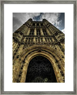 London 010 Framed Print by Lance Vaughn