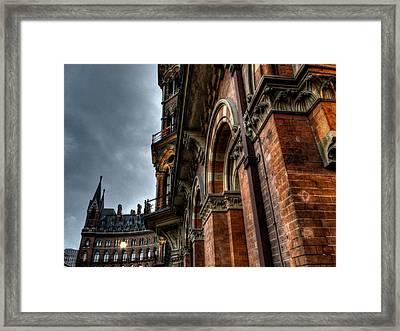 London 016 Framed Print
