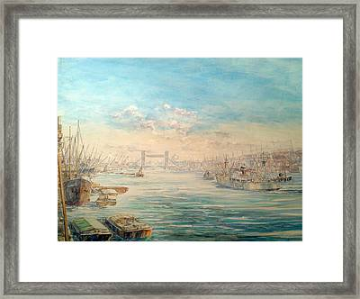 London Dawn Framed Print by Jw