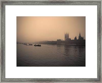 London Smog/fog Framed Print by Lenny Carter