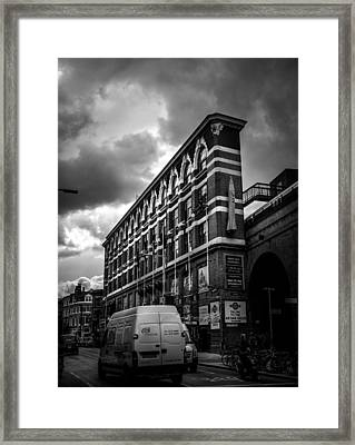 London's Flat Iron Framed Print by Lenny Carter