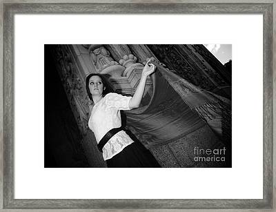 Framed Print featuring the photograph Looking Back by Sherry Davis