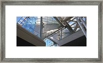 Framed Print featuring the photograph Looking Up by Craig Wood