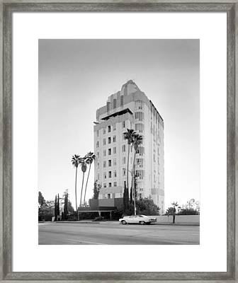 Los Angeles, Sunset Tower Apartments Framed Print by Everett
