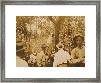 Lynching Of Leo Frank 1884-1915 Framed Print by Everett