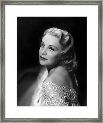 Madeleine Carroll, Paramount Pictures Framed Print by Everett