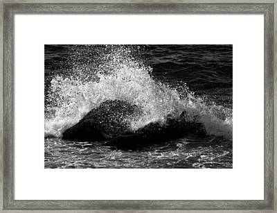Framed Print featuring the photograph Making Waves by Nancy De Flon