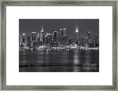 Manhattan Twilight Vii Framed Print by Clarence Holmes
