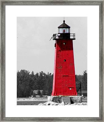 Framed Print featuring the photograph Manistique East Breakwater Light With Selective Color by Mark J Seefeldt
