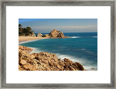 Mar Menuda Framed Print