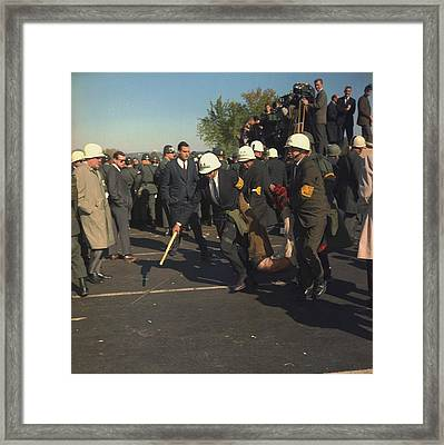 March On The Pentagon. Us Marshals Framed Print by Everett