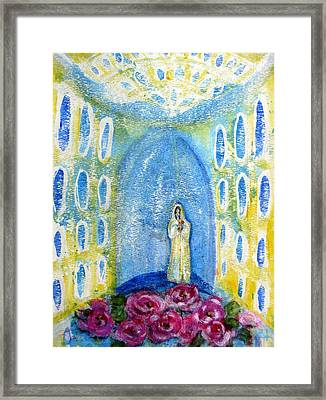 Maria Rosa Mistica Framed Print