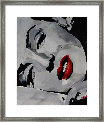 Marilyn Framed Print by Michael Henzel