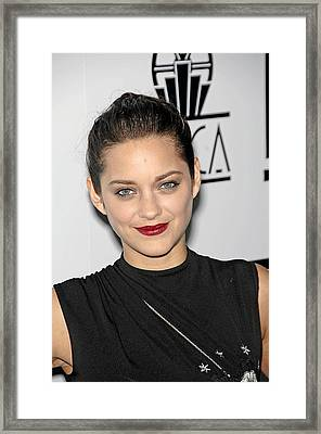 Marion Cotillard At Arrivals For Los Framed Print by Everett