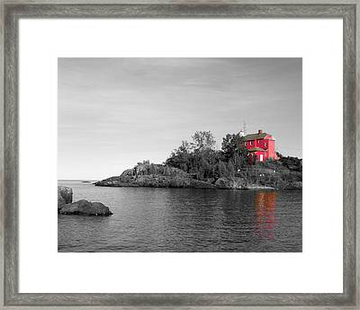 Framed Print featuring the photograph Marquette Harbor Lighthouse Selective Color by Mark J Seefeldt