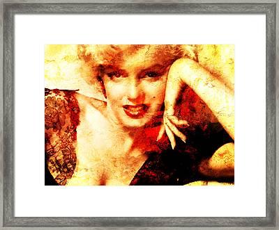 Marylin Monroe Framed Print by J- J- Espinoza