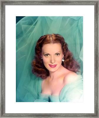 Maureen Ohara, 1940s Framed Print by Everett
