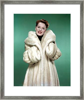 Maureen Ohara, 1958 Framed Print by Everett