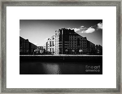mavisbank apartments on the river clyde Glasgow Scotland UK Framed Print by Joe Fox