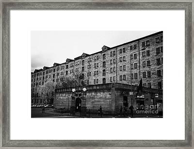 Mcchuills Pub And Converted Bell Street Railway Warehouse Collegelands Glasgow Scotland Uk Framed Print by Joe Fox