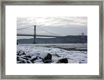 Mid-hudson In Winter Framed Print by Robert Rizzolo