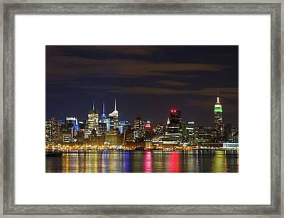 Mid Town Manhattan Framed Print by Shabdro Photo