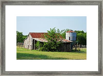 Middle Barn Framed Print by Lisa Moore