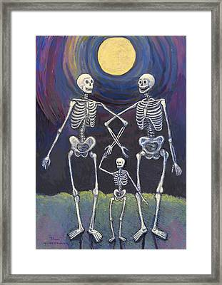 Midnight Stroll Framed Print by Maureen Heidtmann