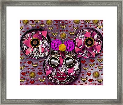 Minnie Mouse In Love Framed Print by Pepita Selles