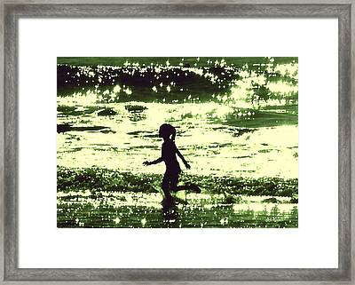 Minty-fresh Tingles Framed Print by Brian D Meredith