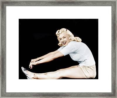 Model And Columbia Starlet Marilyn Framed Print by Everett