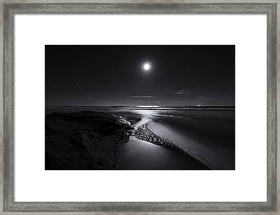 Moon River Framed Print by Richard Leon